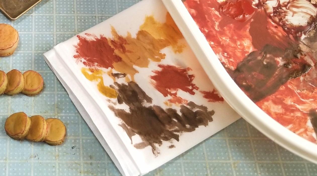 ミニチュアフードの作り方,パン,トースト,樹脂粘土の着色,絵の具