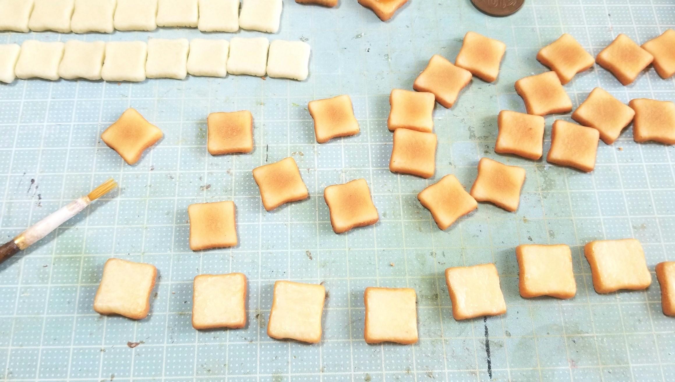 ミニチュアの作り方,トーストの作り方,焼き色着色,食パン,樹脂粘土