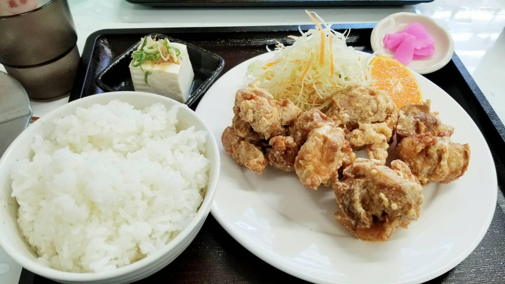 愛媛県道後熊三食堂おいしいランチ安いおすすめからあげ定食四国