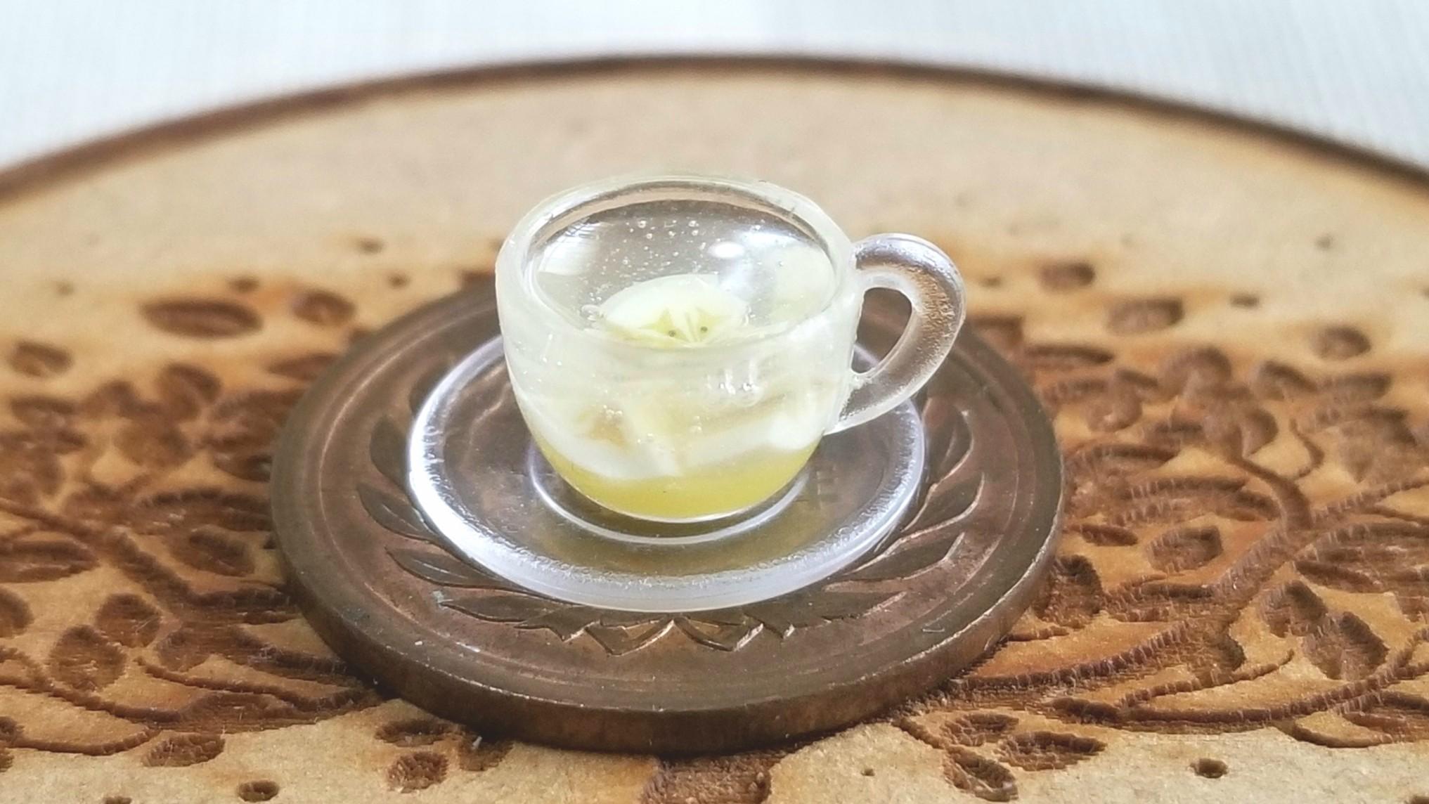 可愛くてお洒落なフルーツアイスティー,バナナ,美味しいもの紅茶