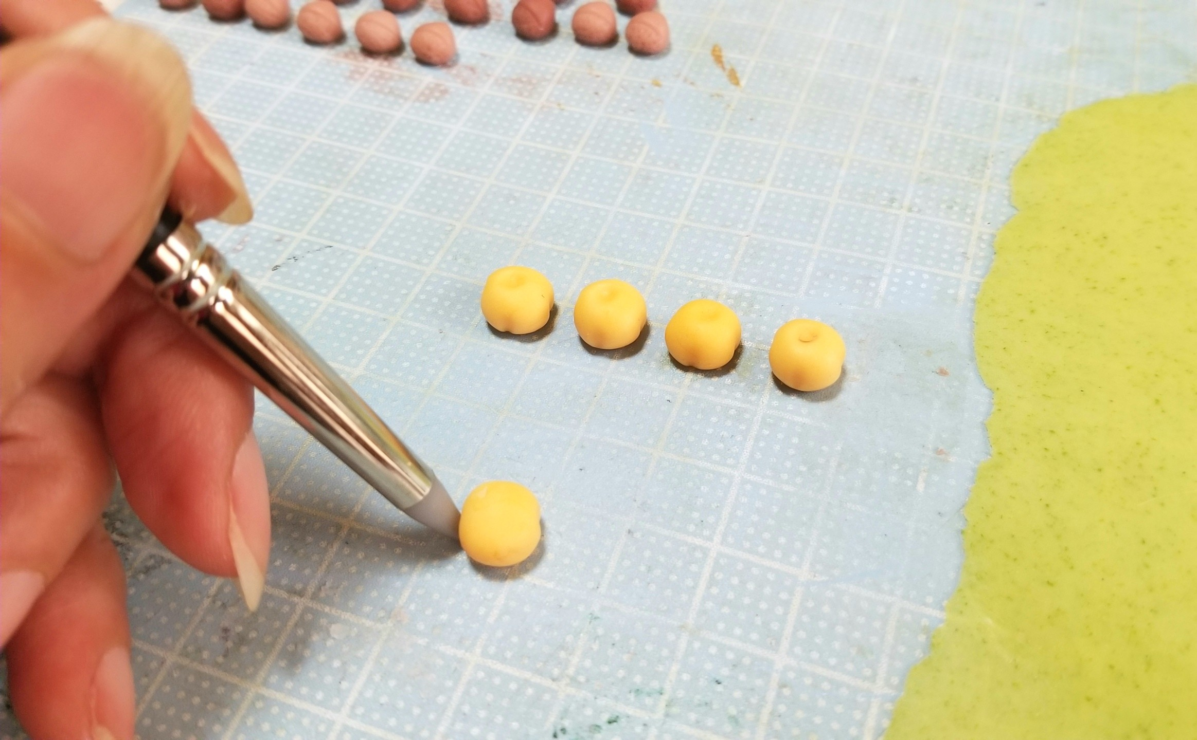 ミニチュアフード,和菓子,柿菓子,作り方,樹脂粘土,フェイクフード