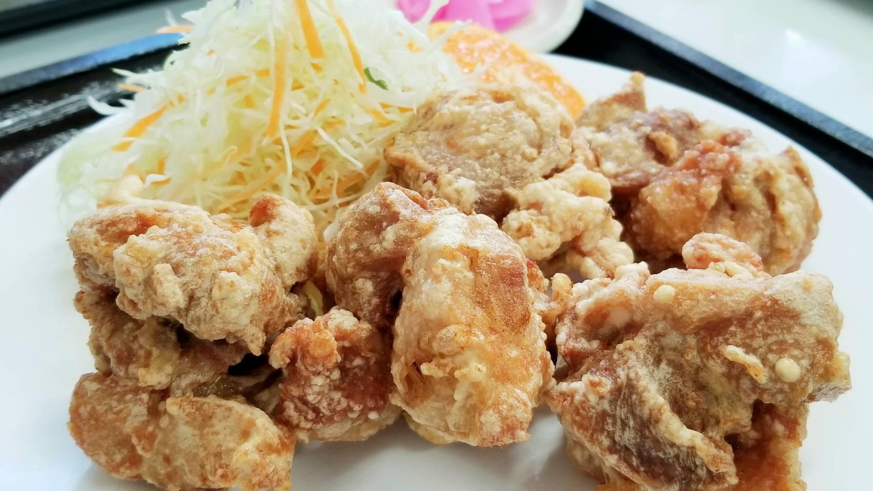 愛媛県松山市おいしいからあげ定食ランチ安いやみつき穴場グルメ店