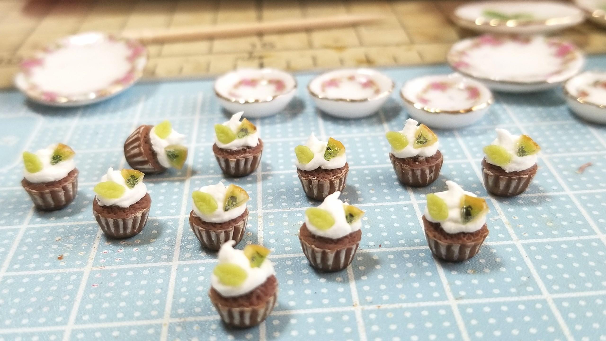 カップケーキ,ミニチュアフード,ボツ作品,失敗作,難しい,ドール,人形