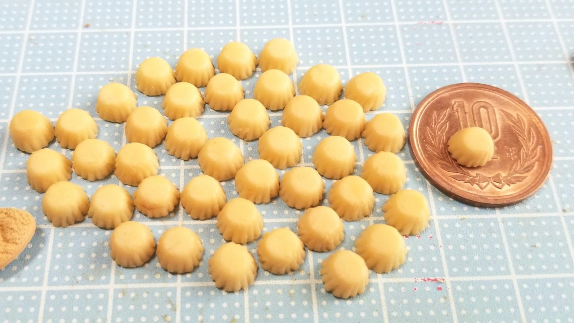 プチカップケーキ,着色,作り方,ミニチュア,樹脂粘土,ドール,人形