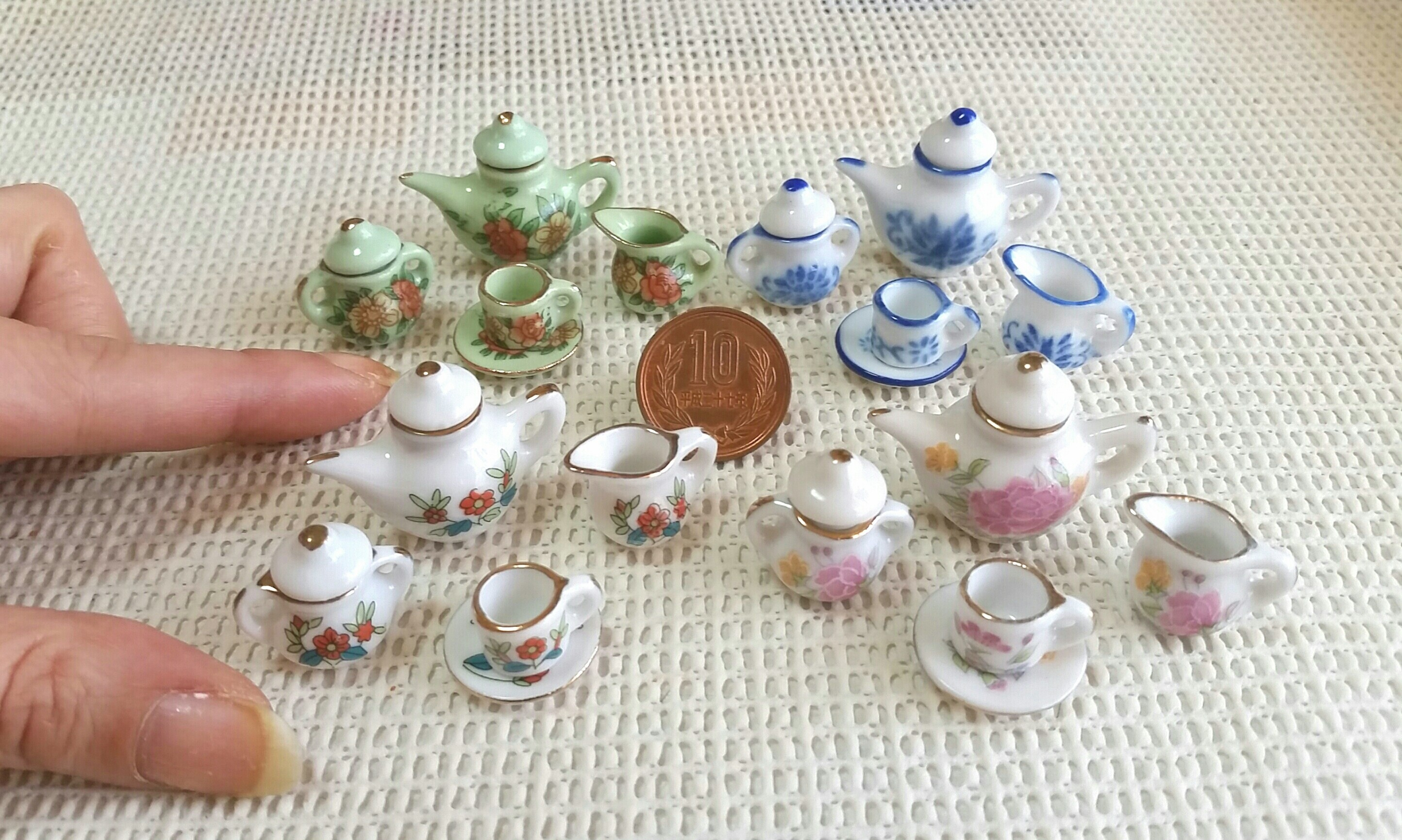 おしゃれかわいい陶器のティーカップセット,おすすめミニチュア小物
