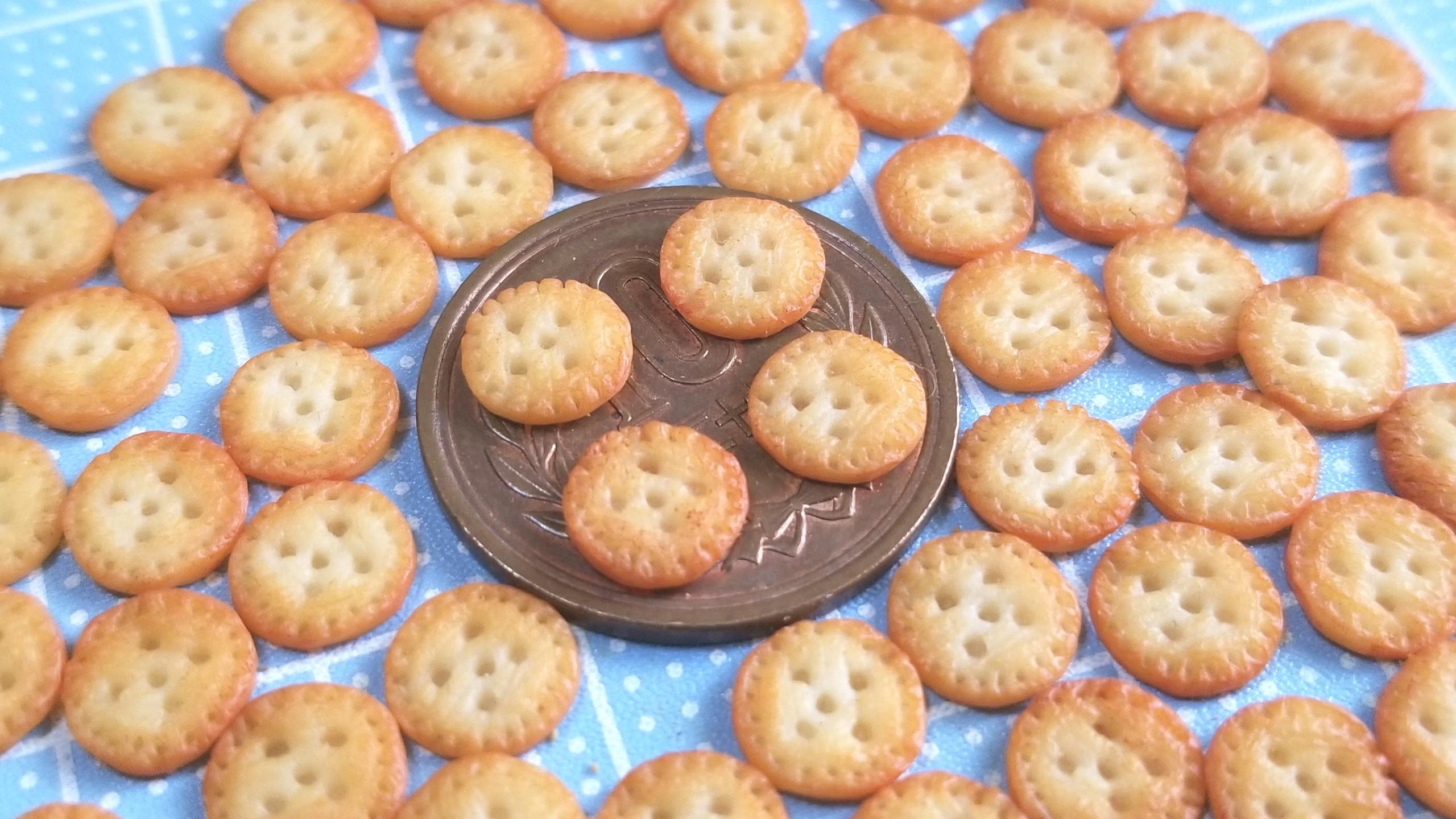 ミニチュア,クッキー,着色,樹脂粘土,ドールハウス,人形,焼き菓子