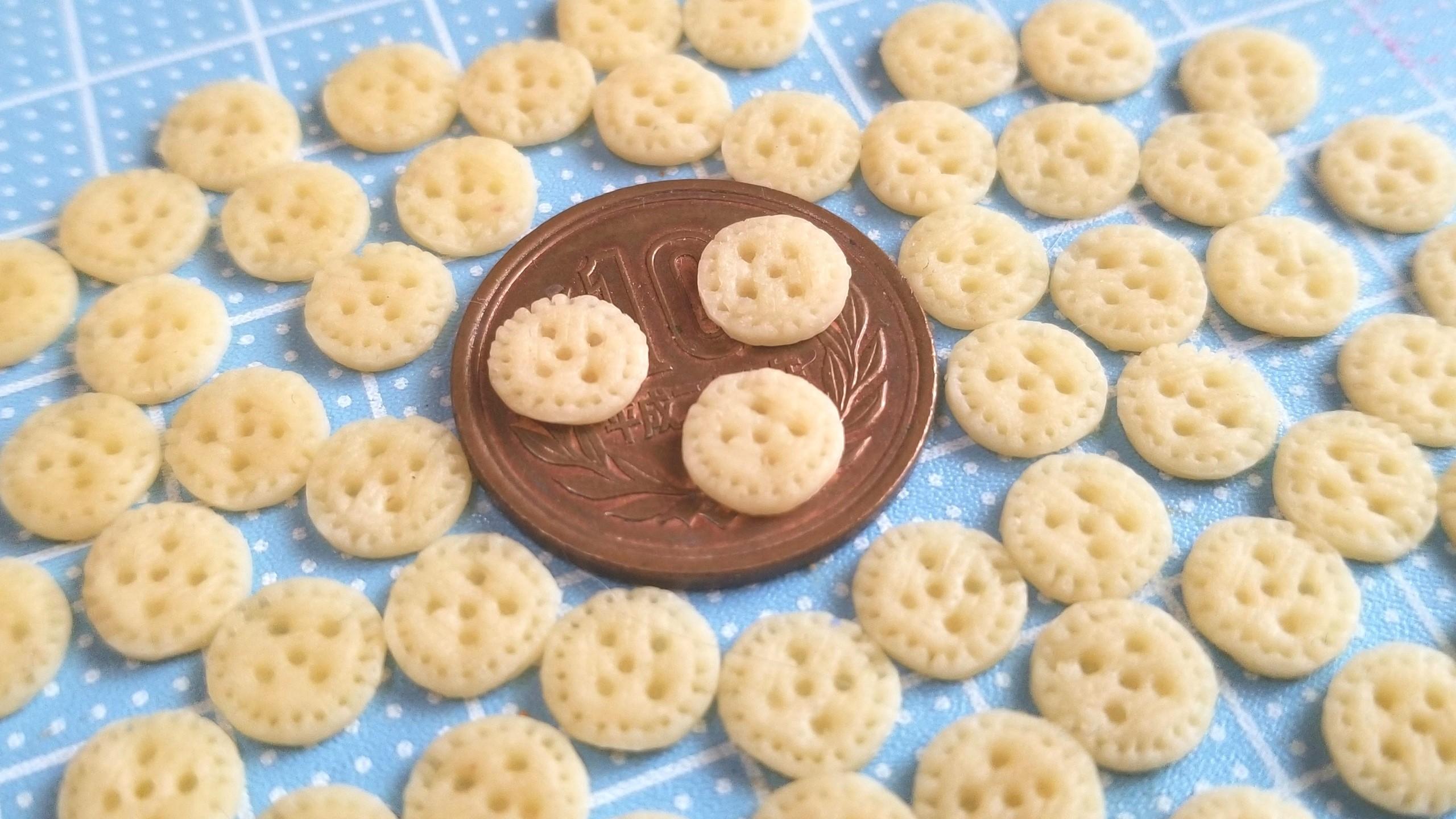 ミニチュアフード,クッキーサンドアイスクリーム,樹脂粘土,作り方