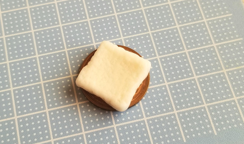 ミニチュアフード,食パン,トースト,作り方,樹脂粘土,ドールハウス