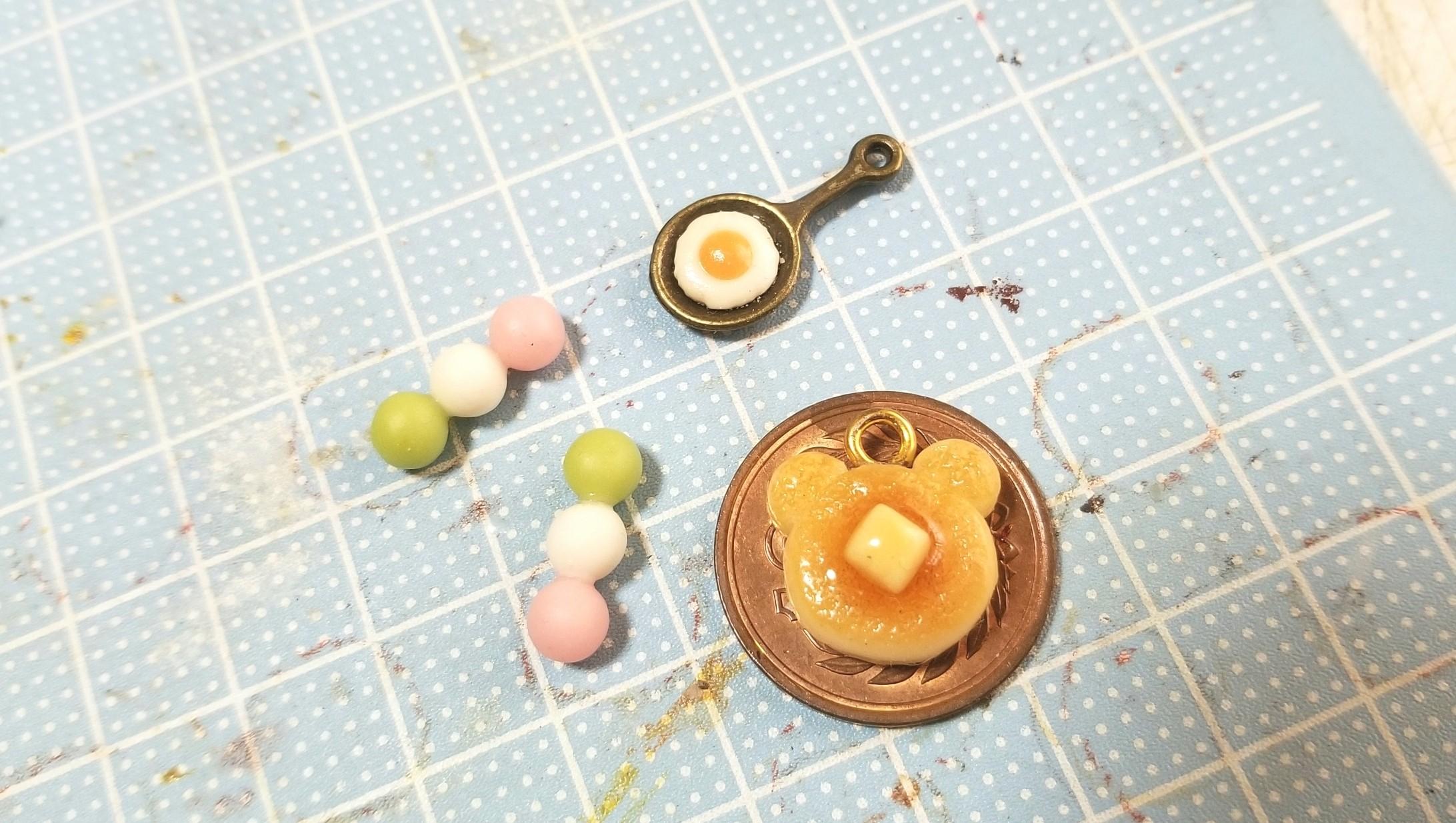 ミニチュアフードの作り方,くまホットケーキ,目玉焼き,お団子,粘土