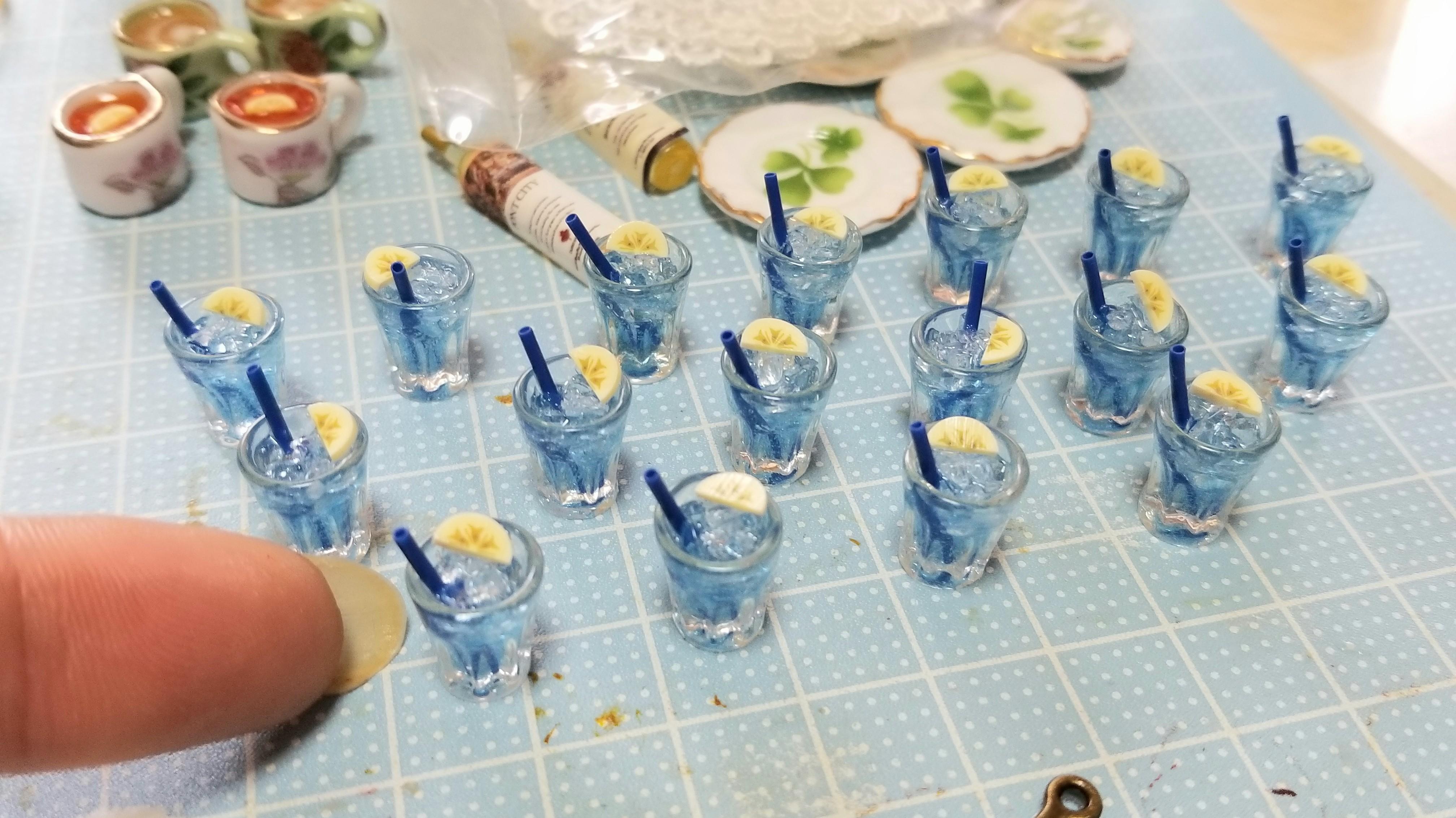 ミニチュアフード飲み物ドリンクミンネの人気商品自作レジンアート