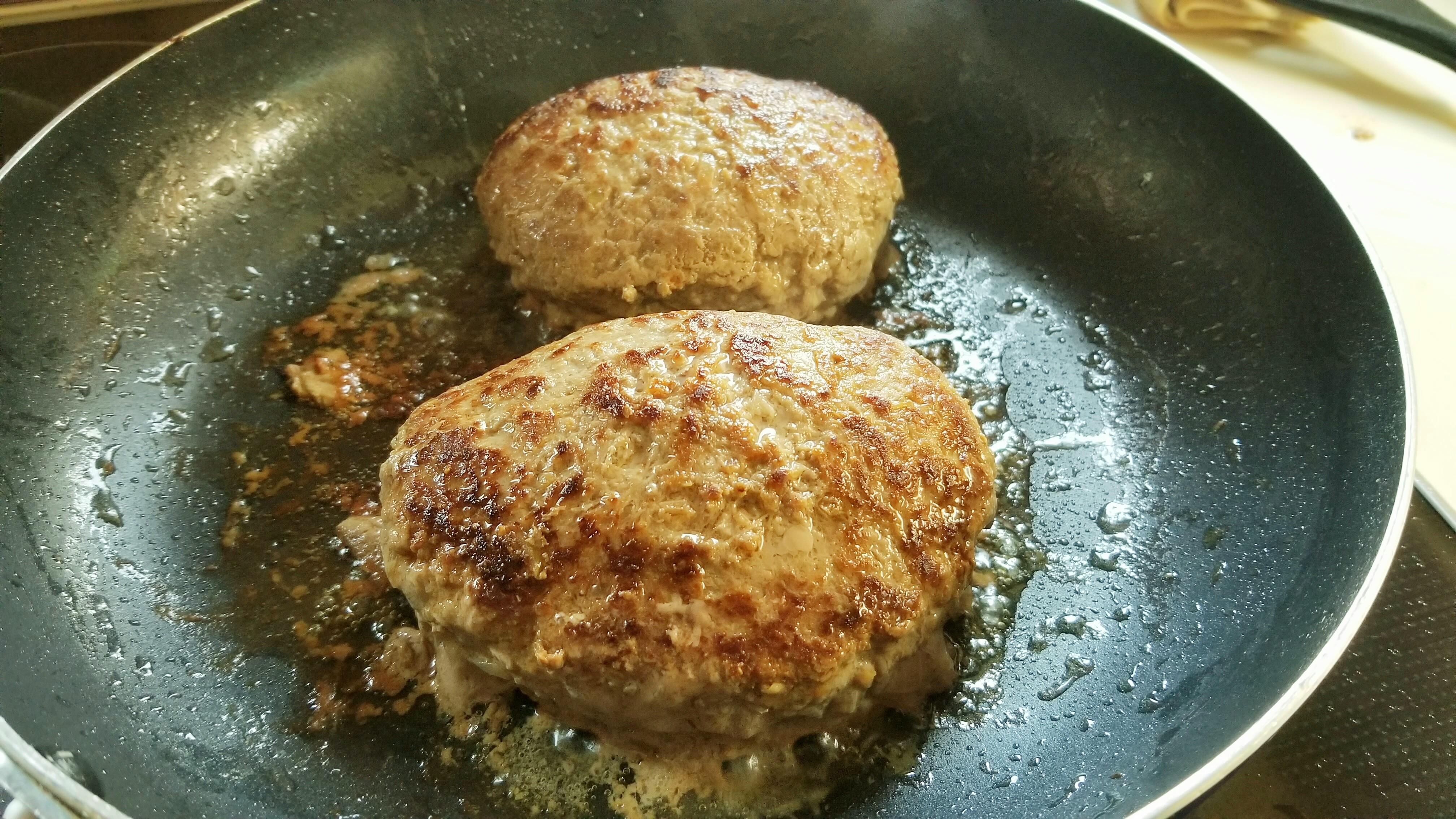 本格的なプロの味柔らかい手作りハンバーグ作りジューシー焼き方人気