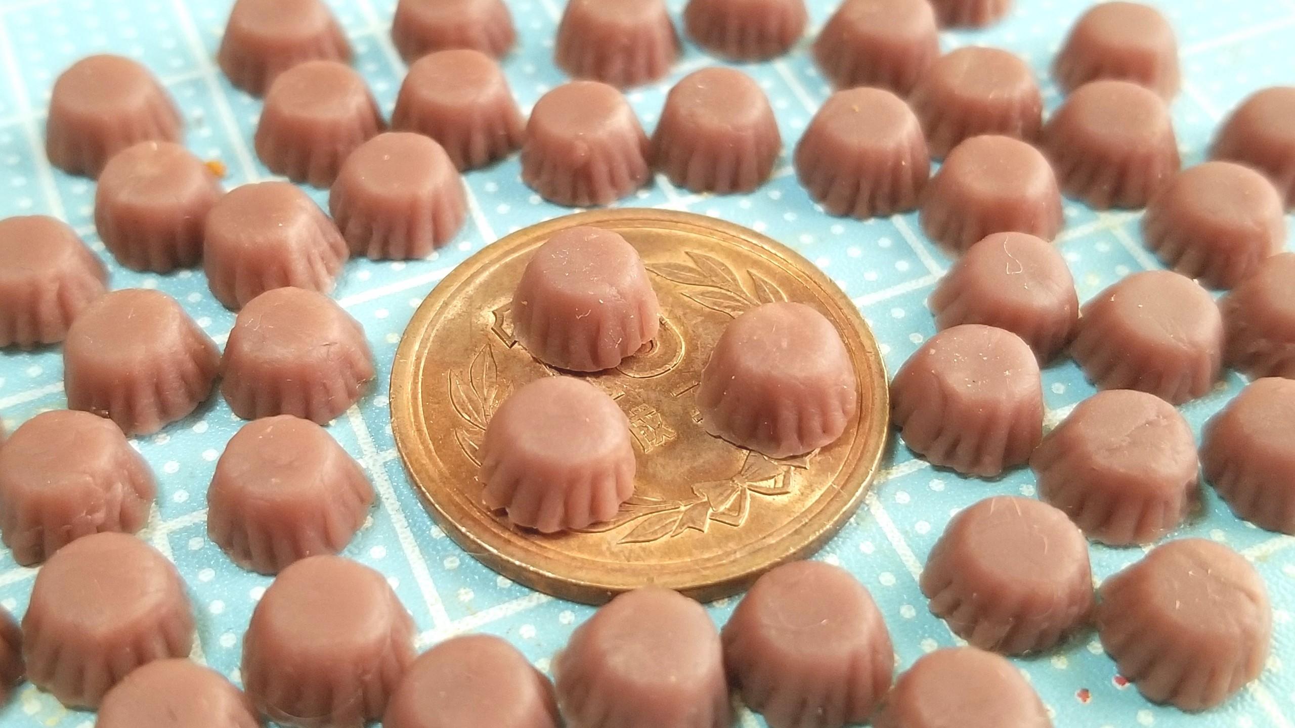 チョコレートカップケーキ,着色,作り方,ミニチュアフード,樹脂粘土
