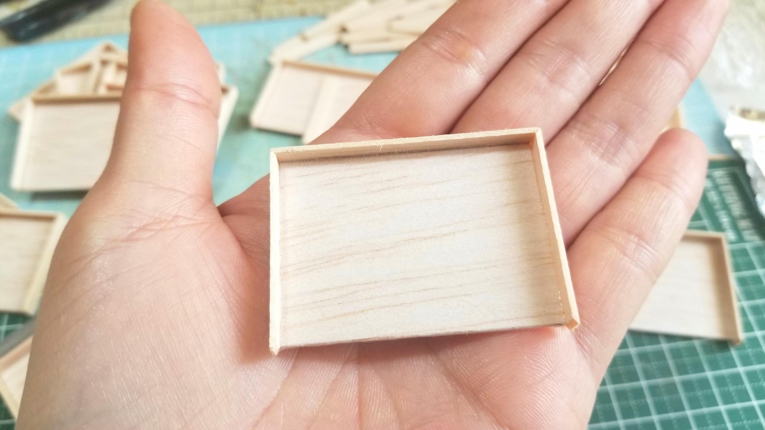 おぼん,作り方,ミニチュア,ひのき,桧,木工作業工程,フェイクフード