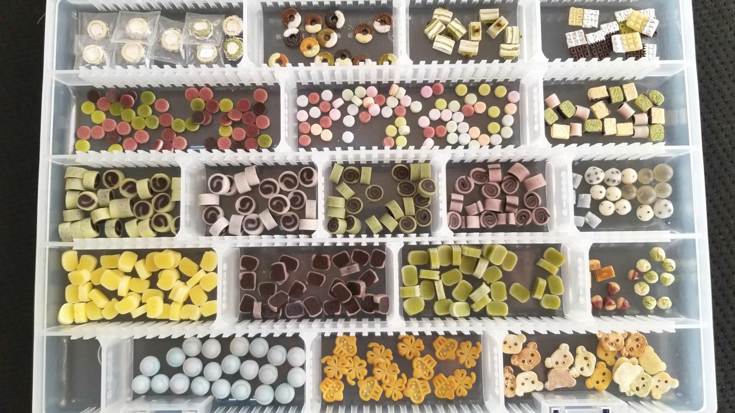 パーツ,量産,大量,ミニチュアフード,樹脂粘土,和菓子,フェイク,食玩