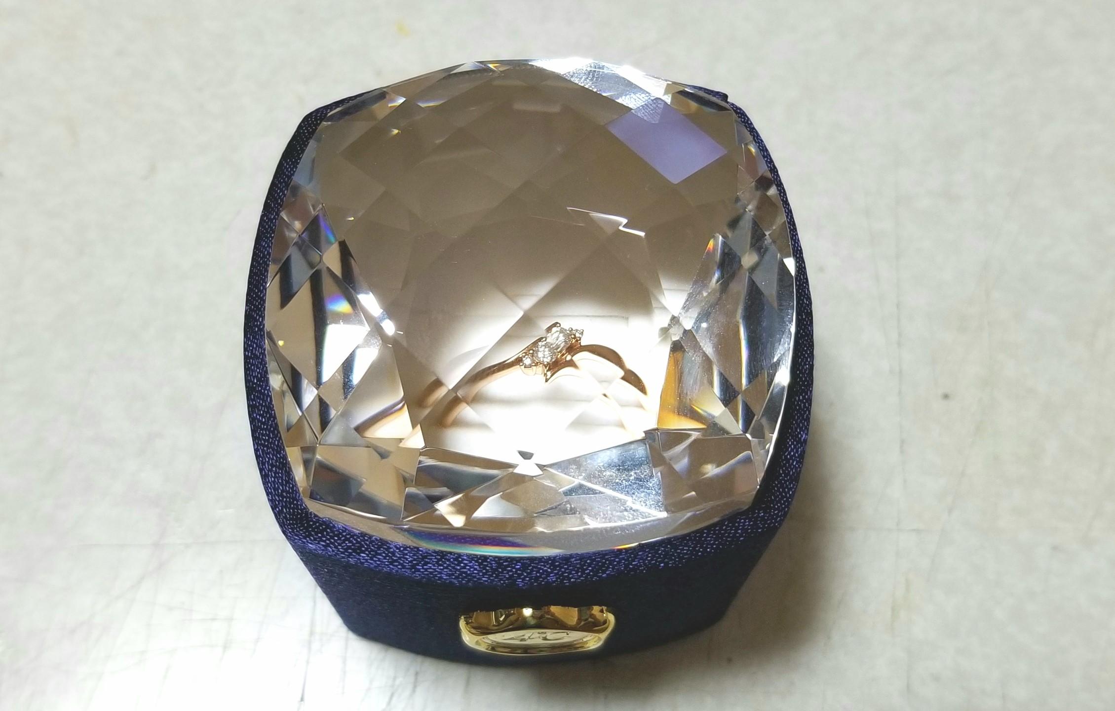 彼氏からの誕生日プレゼント,4℃のダイヤのピンクゴールド