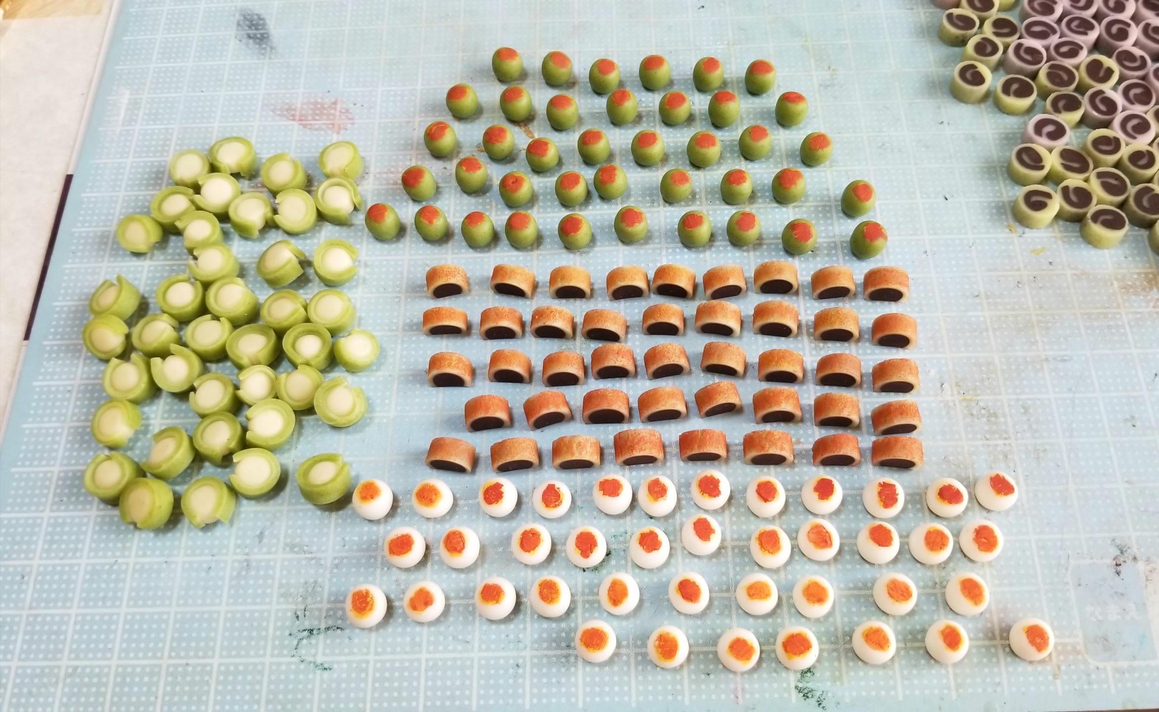ミニチュア,和菓子の着色,樹脂粘土,ドールハウス,透明粘土,ドール