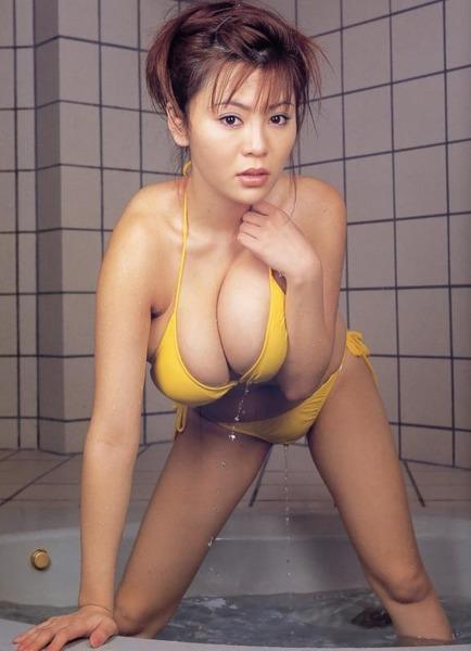 com_fetimoe_tyakumune_f_0013