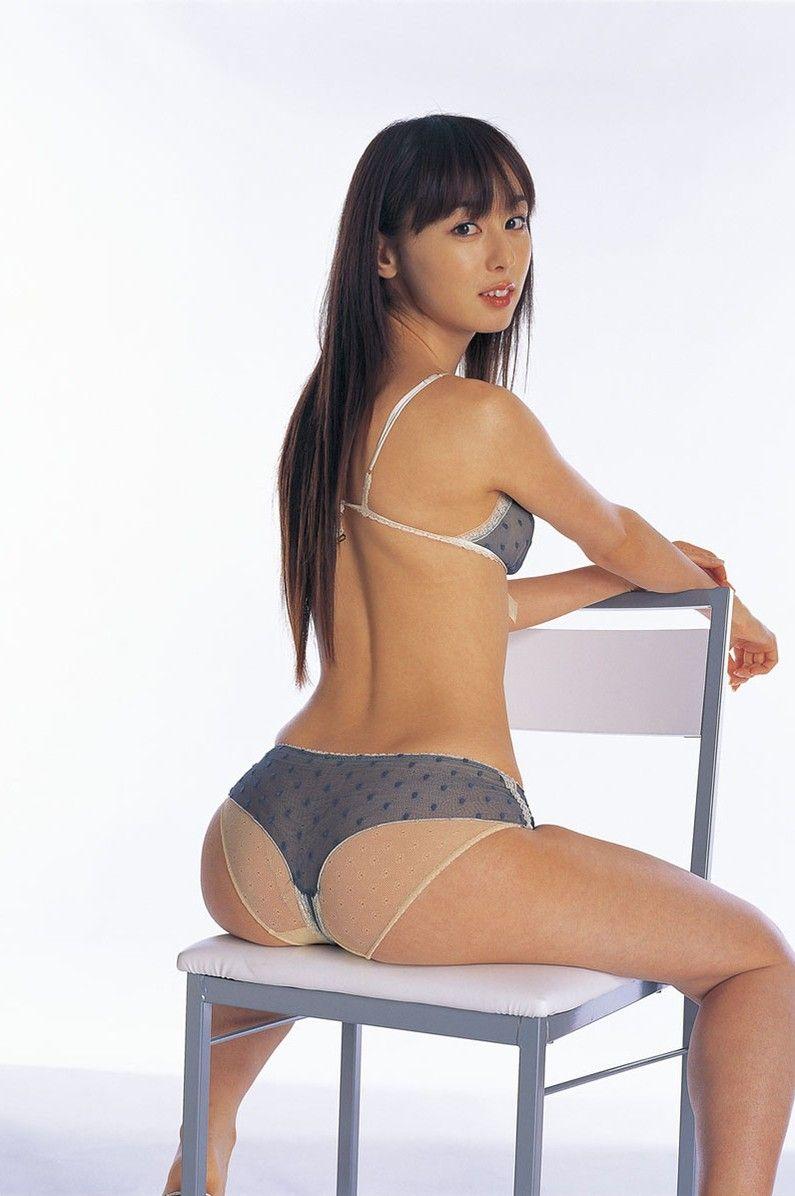 ハイレグ美尻の秋山莉奈ちゃんに見惚れました画像15