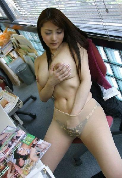 com_fetimoe_ona_f_0012