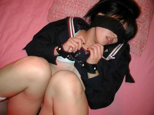 jp_feti_ch-sm_net_imgs_7_e_7e985c1d