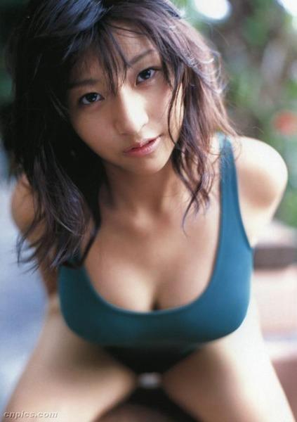 com_fetimoe_tyakumune_f_0008