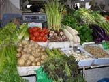市場野菜大