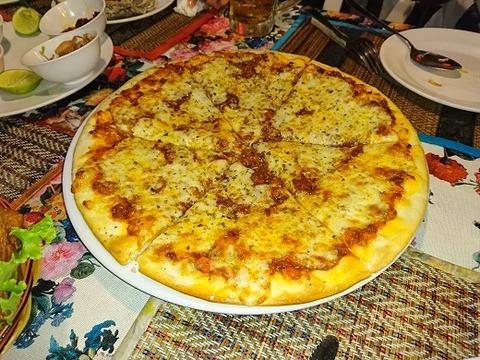 ピザボロネーゼ