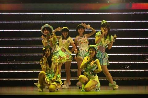 news_large_akb_kenkyusei20130605_31
