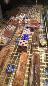 チョコレートの棚