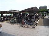 イオン五条の自転車置き場