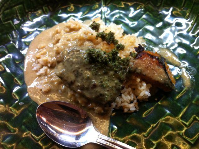 フグ飯+米沢牛首肉ハンバーグ+味噌入りタイカレー