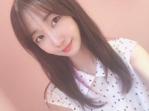 【正論】AKB48柏木由紀、握手会で「熱がある」アピールするファンに「いや、来んな…」