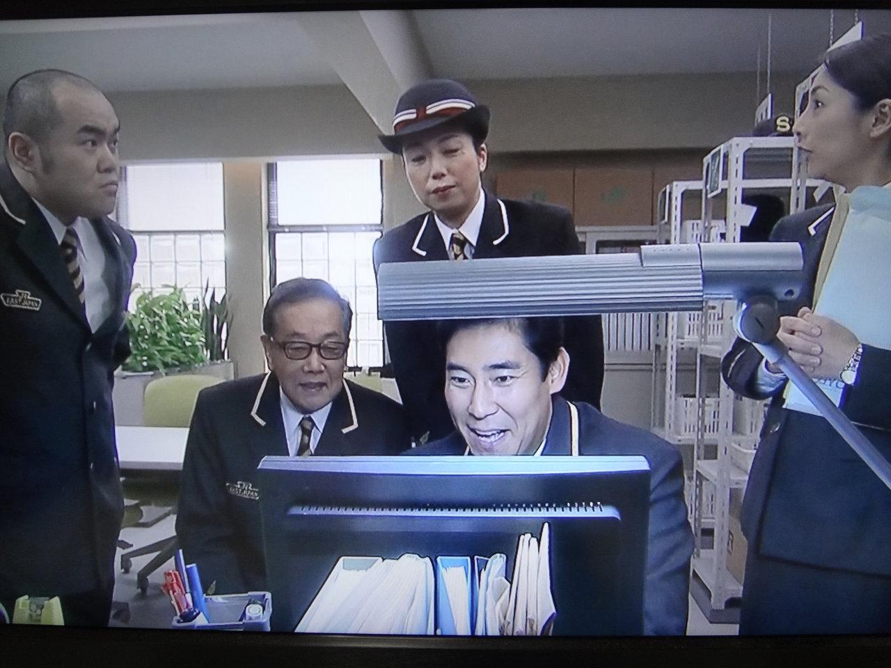 二時間ドラマに出演する制服姿が似合っている高橋ひとみ