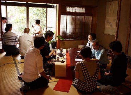 江田五月ご夫妻を囲んで 台湾茶会