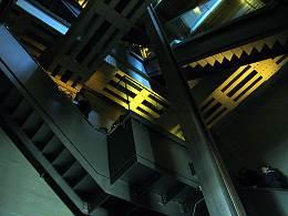 自由の女神−最初の階段
