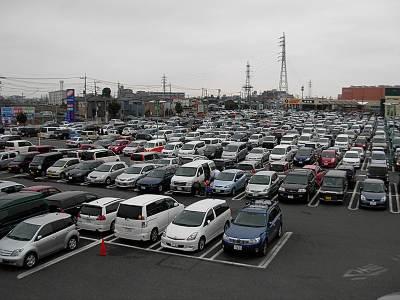 ウニクス南古谷の駐車場