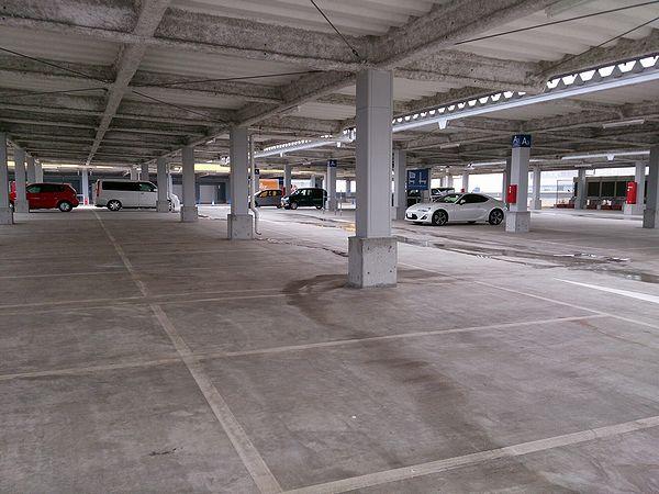 IKEA立川駐車場1