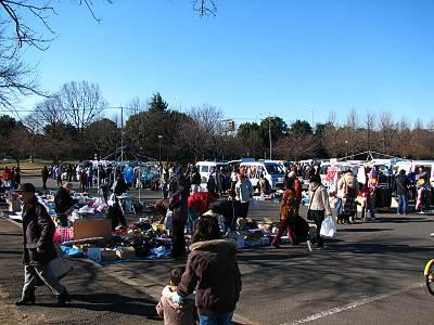 川越水上公園でのフリーマーケット