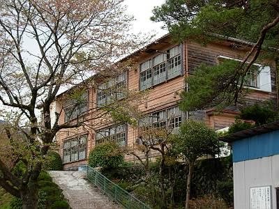 吾野の南川小学校
