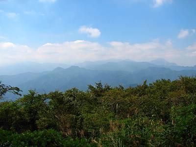 関八州見晴台から見る武甲山方面