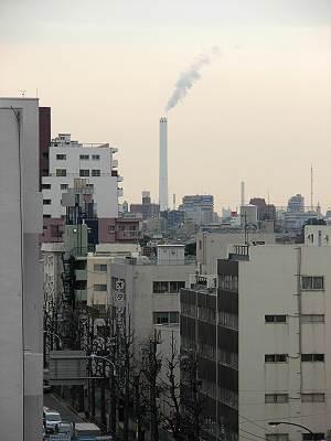 荻窪から見た杉並清掃工場の煙突