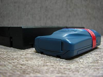 ココセコムの暑さをVHSビデオテープと比べたところ