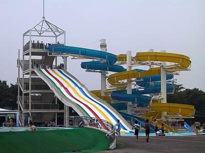 川越水上公園 スライダー