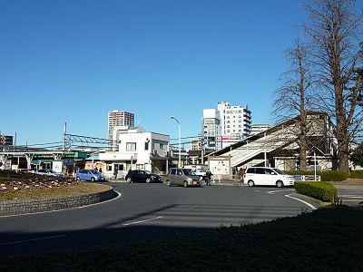 春日部駅前(西口)
