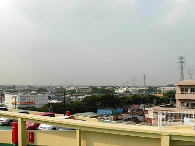 島忠ホームズ小平店屋上から見た北側