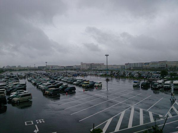 朝7時45分の幕張メッセ駐車場