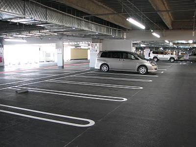 イオンモール日の出の4F駐車場
