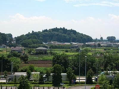 ザ・モールみずほ16から見える近くの山