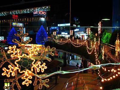所沢駅西口クリスマスイルミネーション