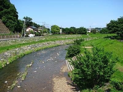 松柳橋から見た下流